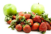 Fresh strawberries with apple — Stock Photo