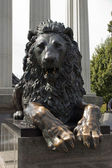 "The sculpture ""Lion."" Moscow. — Stock Photo"