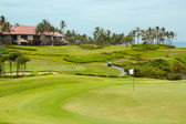 Golfbaan in luxeresort — Stockfoto