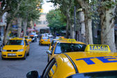 Traditional yellow taxi — Stock Photo