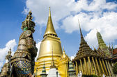 Wat Phra Kaeo, Temple of the Emerald Buddha — Stock Photo