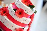 白色婚礼蛋糕 — 图库照片