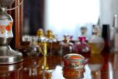 Asian-style jewelry box — Stock Photo