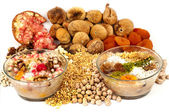 Wheat pudding with dried nuts and fruits, Turkish dessert (Asure — Stock Photo