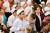 Fatih mosque ritual of worship centered in prayer, Istanbul, Turkey — Stock Photo