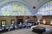 Istoc mosque ritual of worship centered in prayer, Istanbul, Tur — ストック写真