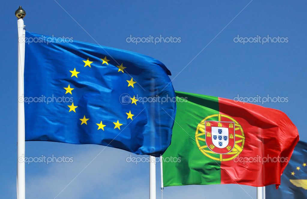Flags of Portugal and EU in the sun — Photo #19114577