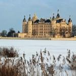 Castle of Schwerin in winter times — Stock Photo