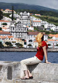 Young women at the pier of Horta - Faial Island, Azores — Foto Stock