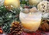 Candela e decorazioni natalizie — Foto Stock