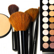 Makeup palette and brushes — Stock Photo #27711137