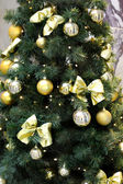 Beautiful decorated Christmas tree — Stock Photo