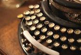 Old vintage retro wooden typewriter — Stockfoto