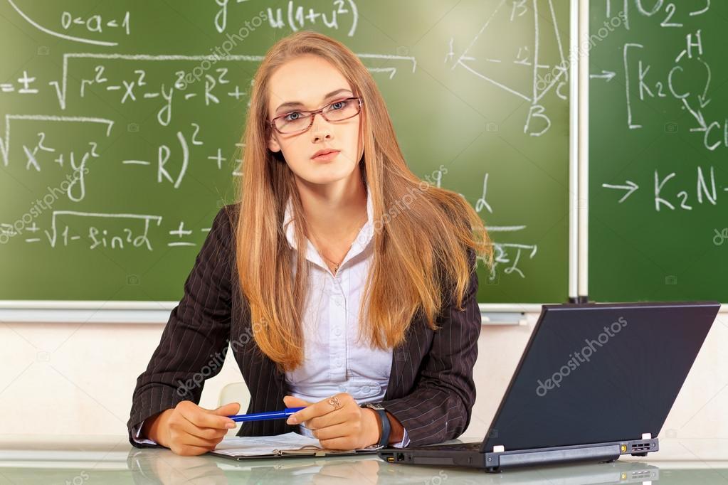 Essay Teacher