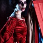 Woman vampire — Stock Photo