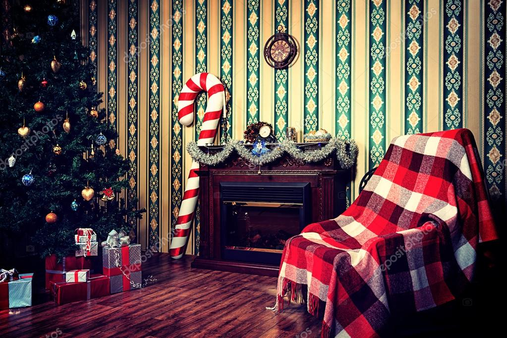 Christmas home decoration with tree, gifts and fireplace. — Stock Photo #15949165
