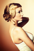Retro hairdo — Stock Photo