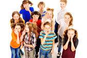 говоря детей — Стоковое фото