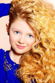 Rich curly hair — Stockfoto
