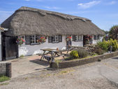 Thatched pub in West Sussex — Stock Photo