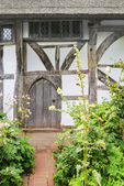 A cottage in an english village — ストック写真
