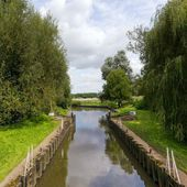 Canal — Stock Photo