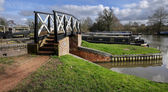 Lock gate on a canal on the inland waterways network of navigable canals and waterways — Stock Photo