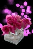Composizione floreale di rose rosa — Foto Stock