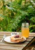 Toast, apple juice and jam — Stock Photo