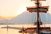 Mast frigate amid bay of Alanya. Turkey. — Stock Photo