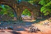 Aqueduct ruins in the ancient city of Phaselis — Stock Photo