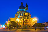 Famous cathedral of St. Isaac in St. Petersburg night shooting — Stockfoto