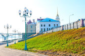 Empty quay city of Rybinsk in the early morning — Stock Photo
