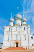 Beautiful white stone Orthodox Cathedral with gray domes — Stock Photo