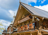 Traditional Russian houses of the Middle Ages — Stock Photo