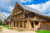 Russian beautiful medieval house in the village — Stock Photo