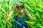 Tucked away in the reeds hunter in ambush — Stock Photo