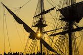 Silhueta de embarcação antiga — Fotografia Stock
