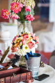 Decoration of wedding table.floral arrangements and decorations — Stok fotoğraf