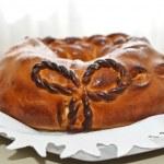 Traditional wedding bread — Stock Photo