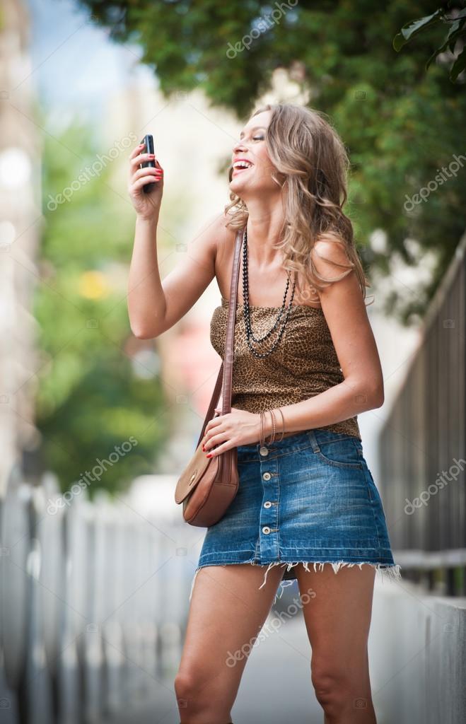 Parler avec une fille sur internet