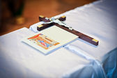 Wedding theme with religious book and wooden cross — Stock Photo