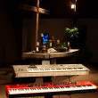 Keyboards on altar — Stock Photo