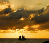 Sailing Into Sunset — Stock Photo