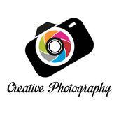 Creative photographer's studio logo template — Stock Vector