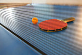 Table tennis racket and ball — Stock Photo