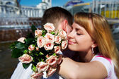 Romantic hug the guy and girl — Stockfoto