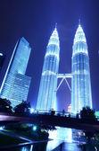 Petronas Twin Towers in Kuala Lumpur, Malaysia — Stock Photo