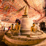 Buddha statues in Dambulla Cave Temple — Stock Photo #45921897