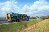 Truck on the road — Zdjęcie stockowe
